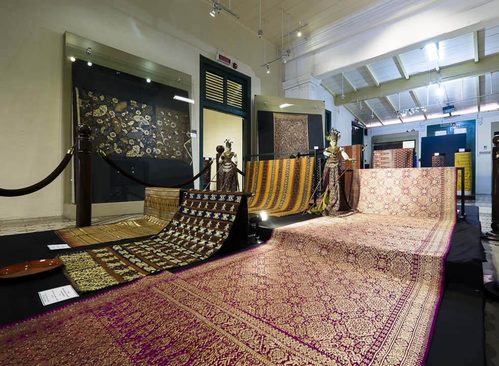 The Fabric of History in Museum Tekstil