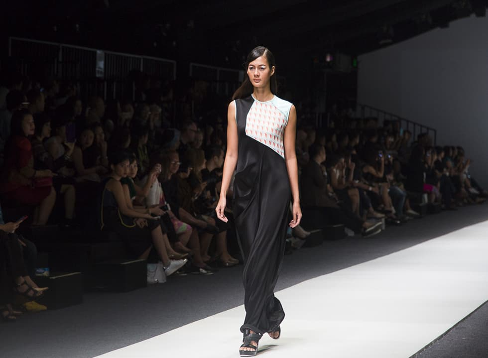 Jakarta Fashion Week 2016: Toton and Major Minor X Eko Nugroho