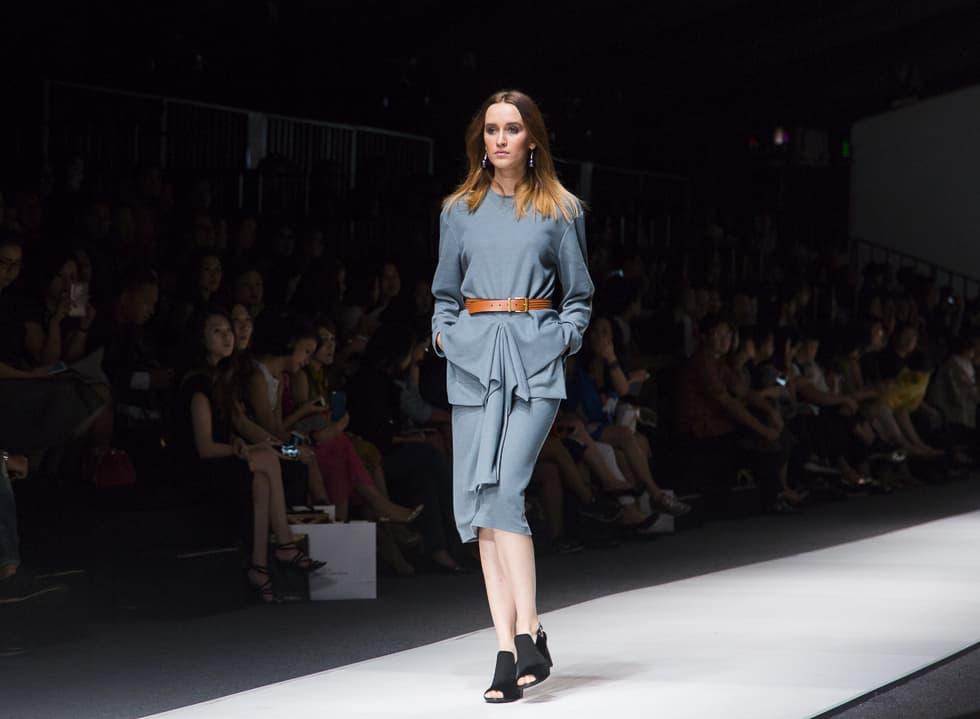 Jakarta Fashion Week 2016: TODJO by Sapto Djojokartiko, Albert Yanuar, Peggy Hartanto