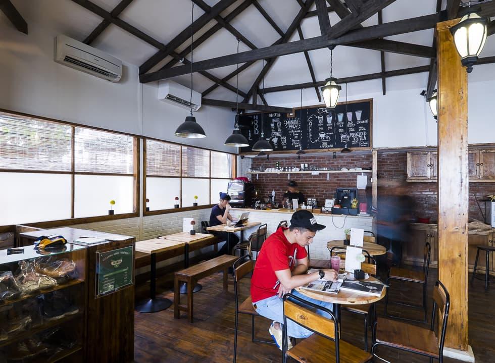 Publichood Coffee Shop