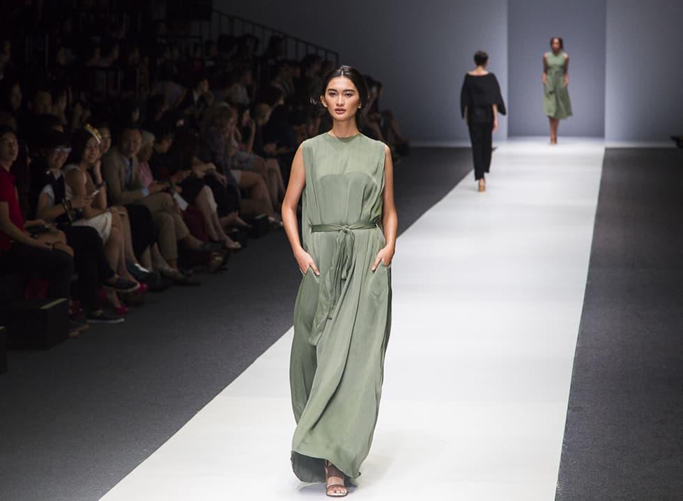 Jakarta Fashion Week 2016: I.K.Y.K, byvelvet and TX ID