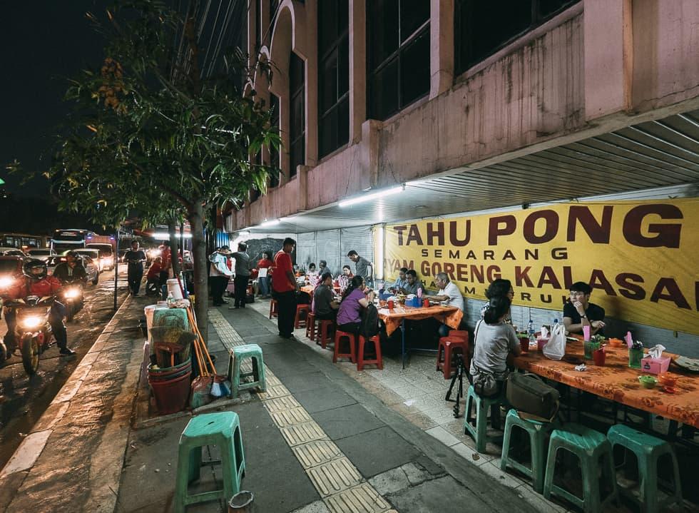 Feasting on Tahu Pong Semarang