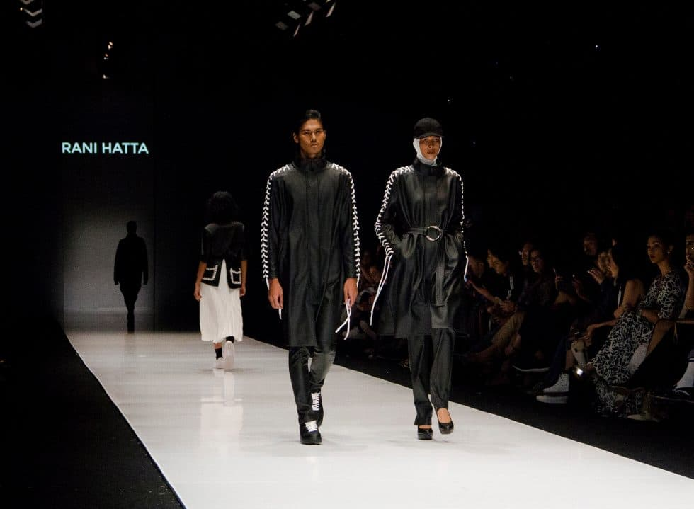 JFW 2018: Dewi Fashion Knights