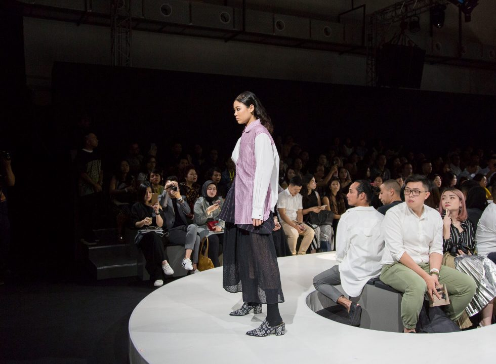 Plaza Indonesia Fashion Week 2018: Wilsen Willim, Lekat and KRATON Auguste Soesastro