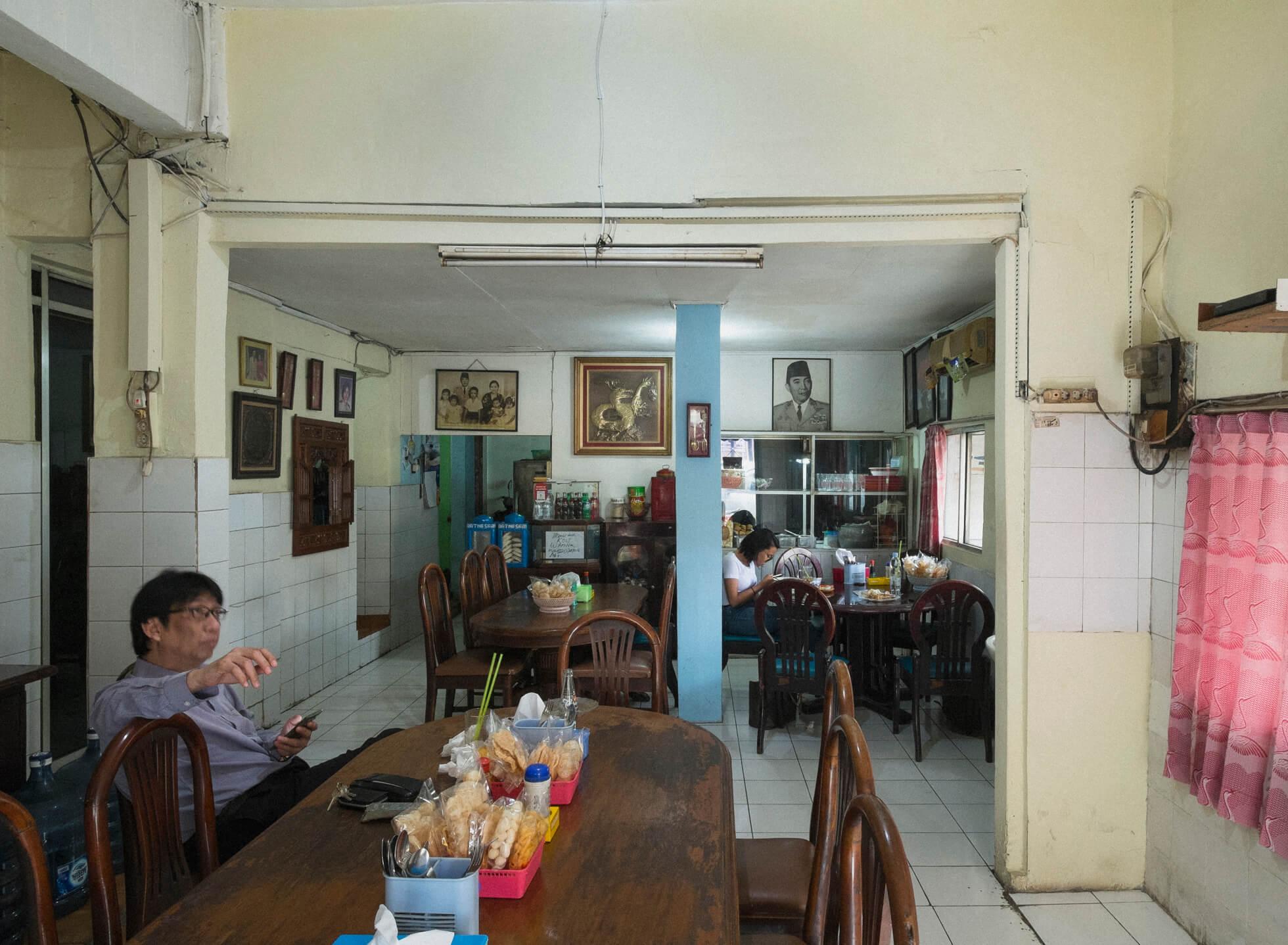 A Taste of Surabaya at Kantin Blauran