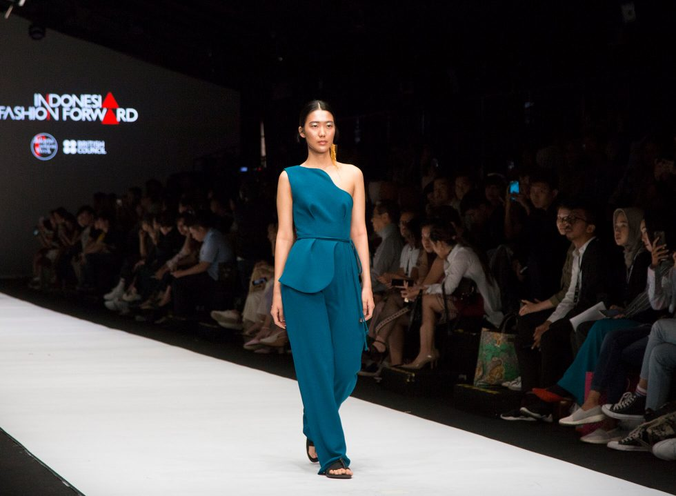 Jakarta Fashion Week 2019: byvelvet, IKYK and  Peggy Hartanto
