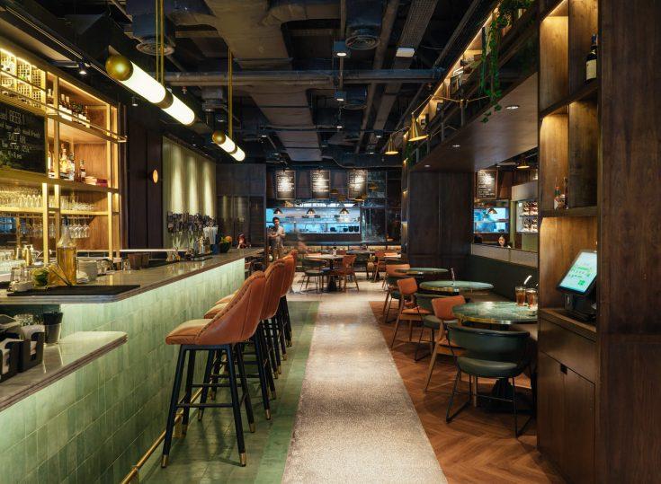 FLYNN Dine & Bar