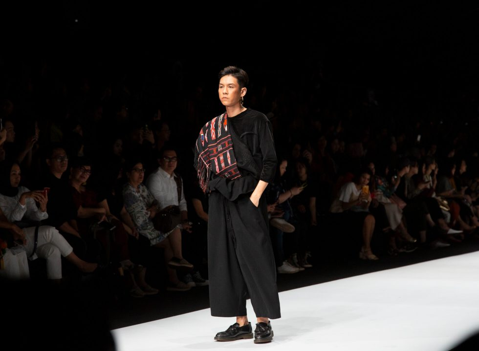 Jakarta Fashion Week 2020: Sejauh Mata Memandang and Oscar Lawalata Culture
