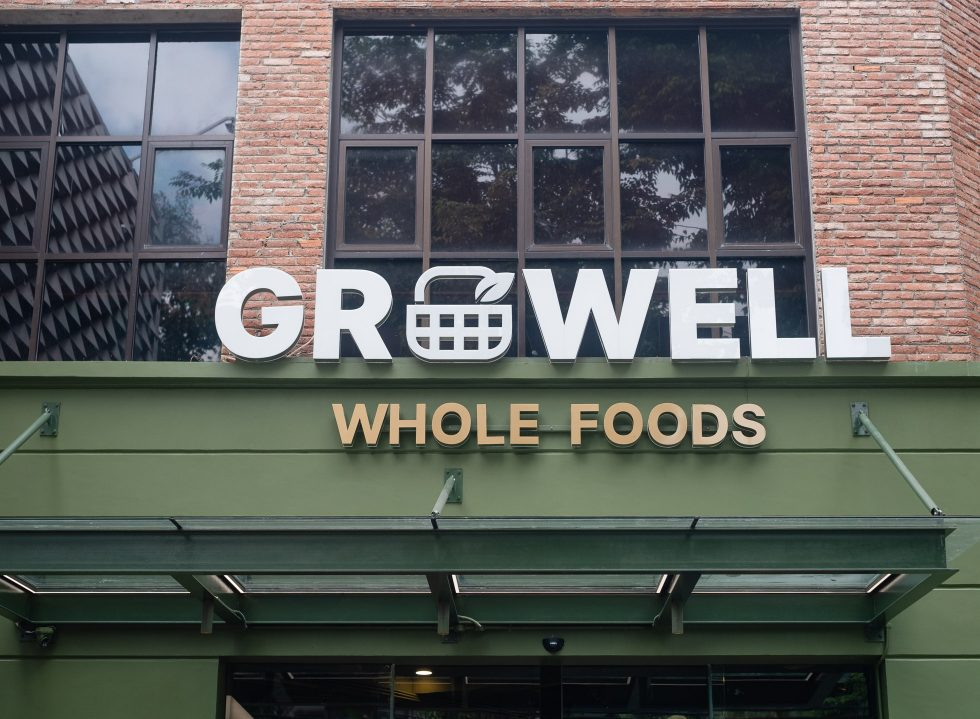 Growell's Wholesome Market