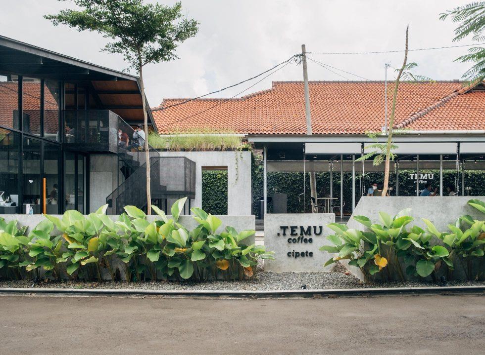 The Airy Titik Temu Cipete