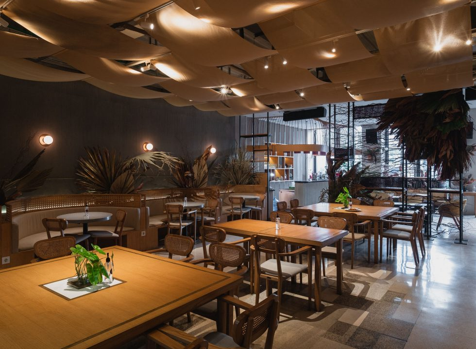Reaching Roots and Up at Akar Restaurant