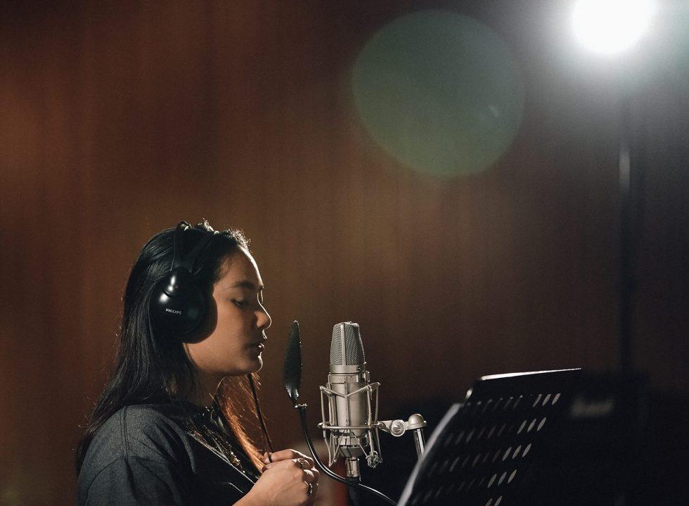 Studio Pop: Make Way for the Party Queen in 'Suara Disko'